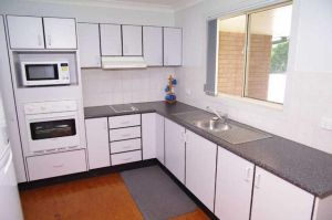 Bellhaven 1 17 Willow Street - Port Augusta Accommodation