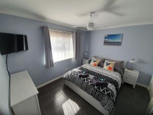 Ocean Beach Chalet 18 - Port Augusta Accommodation