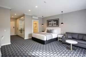 CH Boutique Hotel - Port Augusta Accommodation