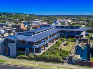 Lennox Holiday Apartments - Port Augusta Accommodation