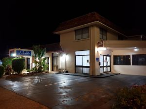 Caravilla Motor Inn - Port Augusta Accommodation