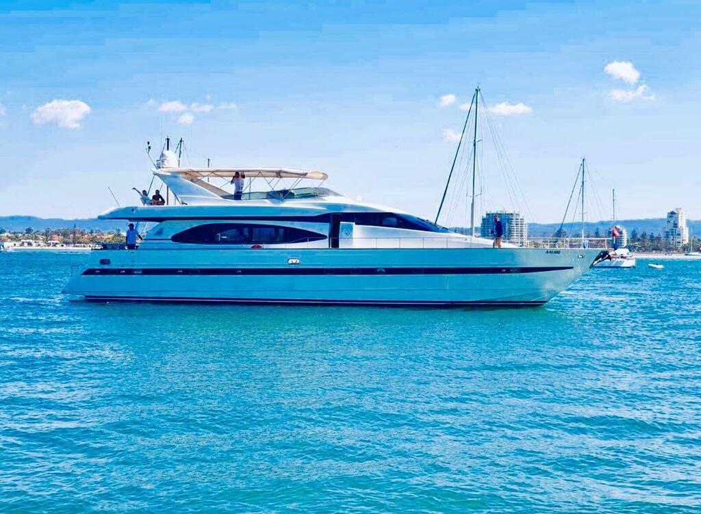 Million dollar Luxury 90ft yacht in Gold Coast - Port Augusta Accommodation