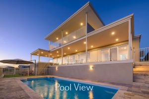 32 Corella Court - Private Jetty and Pool - Port Augusta Accommodation