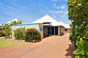 Osprey Holiday Village Unit 119 - Close to the pool - Port Augusta Accommodation