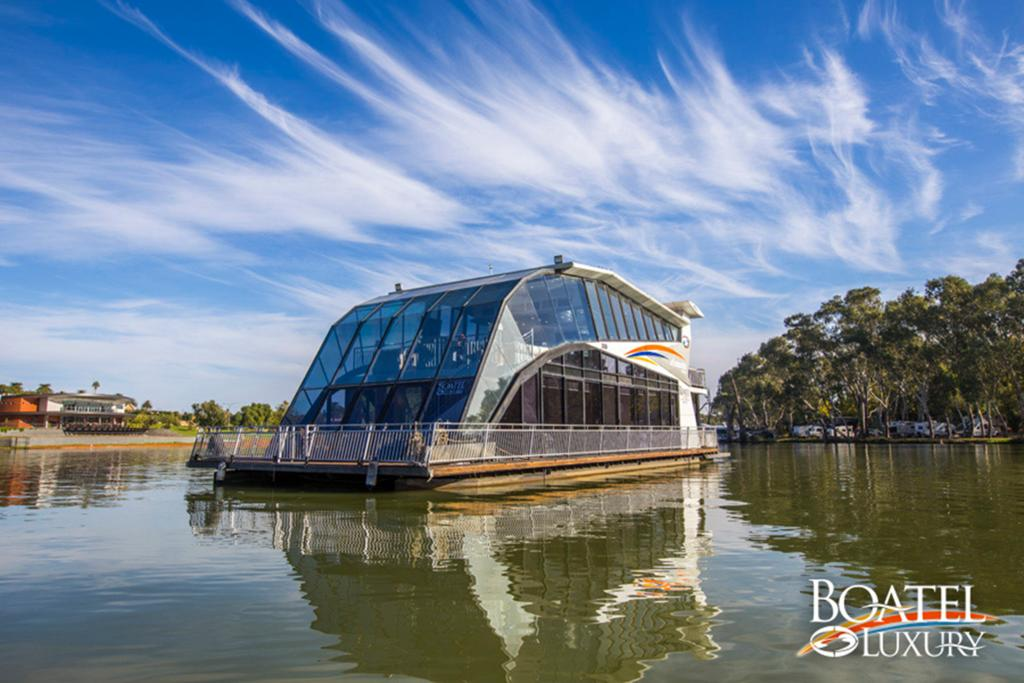 All Seasons Houseboats - Port Augusta Accommodation